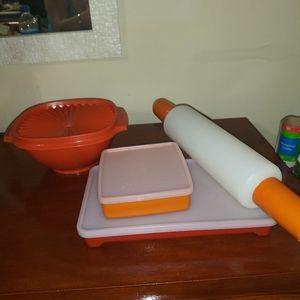 4pc Tupperware Harvest Color set